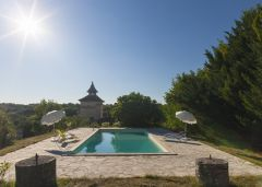 Cabane Spa Pella Roca belle et grande piscine