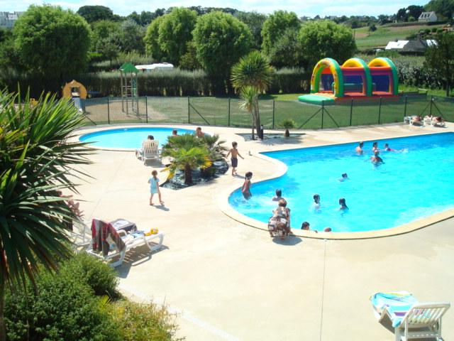 Camping de trologot camping for Carhaix piscine