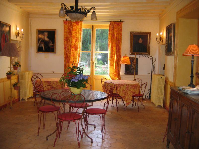Chateau De La Rue Sur Le Circuit De La Loire A Velos