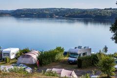 Le camping avec vue sur le lac