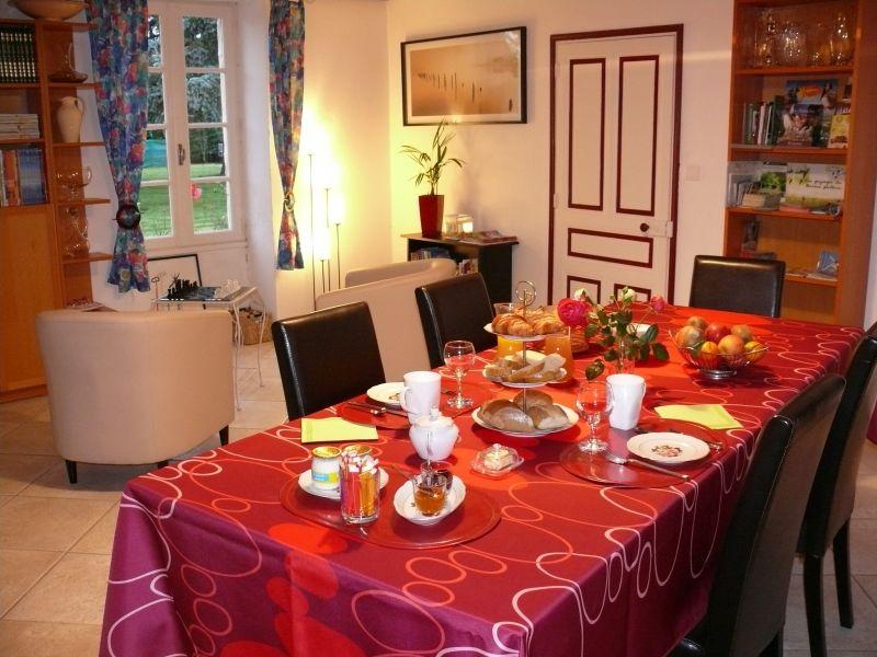 Suite familiale avec piscine le clos de la vigne en sud vend e marais poitevin - Chambre d hotes familiale ...