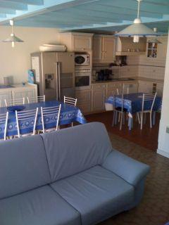 maison de village de 112 m² avec 4 chambres pour 10/12 pers et 2 bébés à 250 m de la plage surveillé