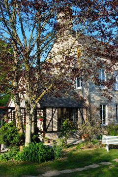La Maison 1833