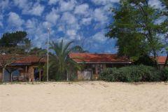 Cabane de pêcheur sur la plage