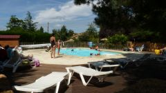 La piscine vue de la terrasse