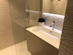 Salle d'eau et douches à l'italienne