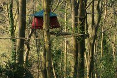 Woody Park, Tentes suspendues dans les arbres
