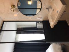 salle de bain chambre 4eme étage