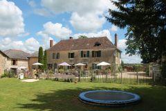 Domaine Le Bost/Domaine de vacances/Vacances insolites en famille en tentes safari, en gîtes ou cham
