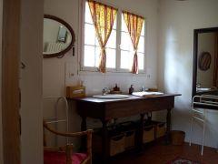 salle de bain de la chambre fée