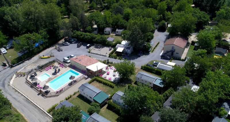 Camping le Coin Charmant***