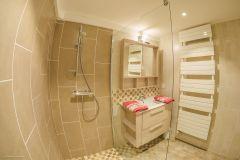salle de douche rez-de-jardin
