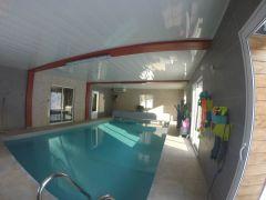 piscine couverte et chauffée