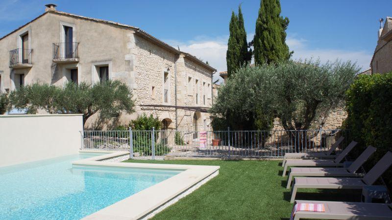 Maison et son espace piscine