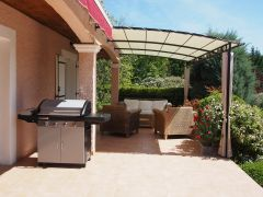 La terrasse, le barbecue, le salon de jardin