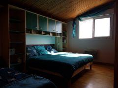 chambre verte lit double + lit simple