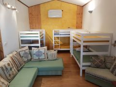 dortoir 3 pers + canapé