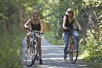 Découvrez le Périgord à vélo sur la voie verte Promenade en Quercy Périgord